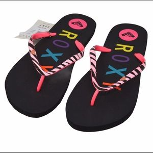 NWT Roxy V Sandals Flip Flops   Size 10
